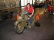 Zooming_on_army_bike